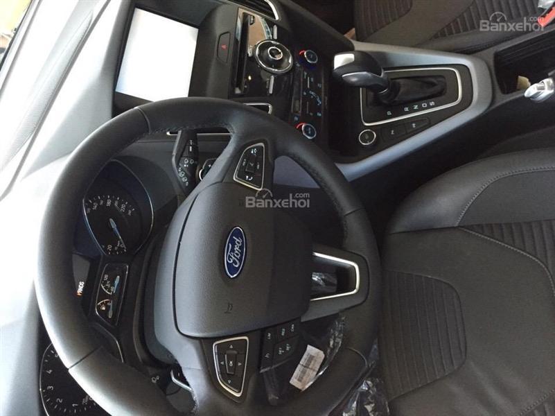 Xe Ford Focus 1.5L Titanium 5 cửa năm 2018, màu xám giá cạnh tranh, Hỗ trợ trả góp tại Hải Dương