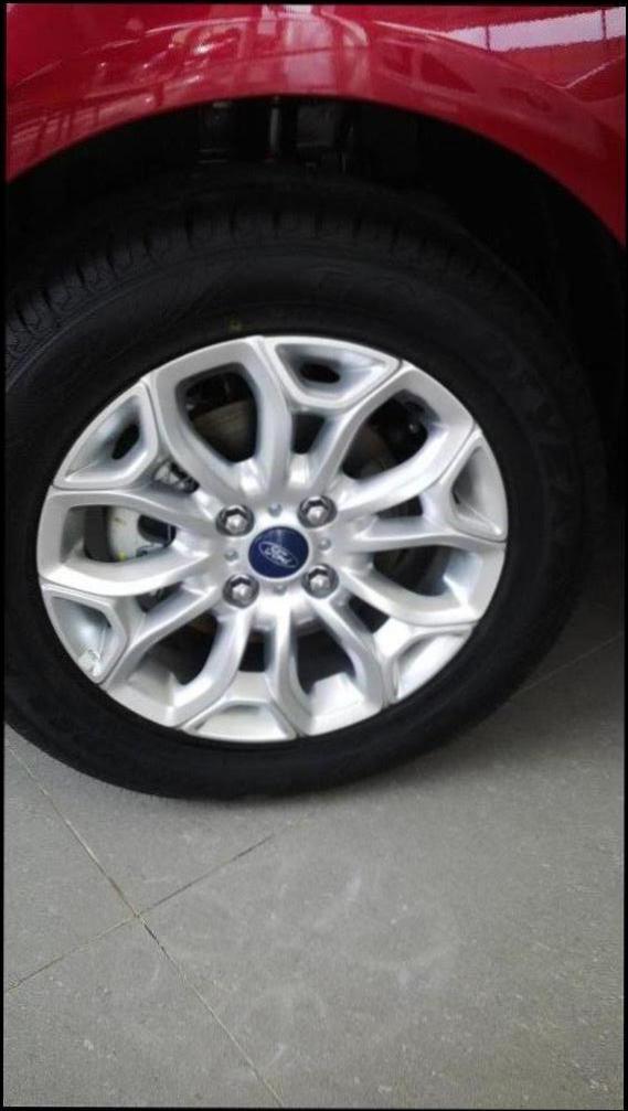 Xe Ford EcoSport Titanium 1.5AT nhiều ưu đãi hấp dẫn