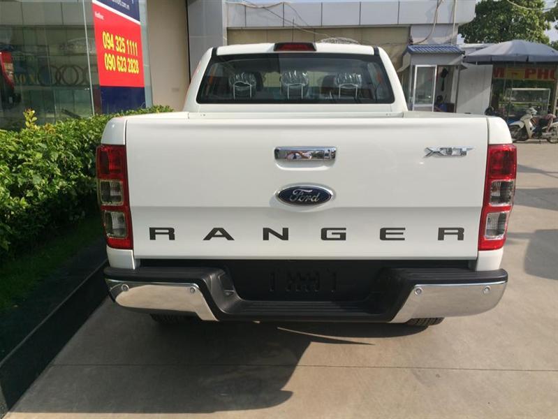 Khuyến mại cực sốc khi mua xe Ford Ranger XLT 2.2L tại Hà Thành Ford. LH 0986106821
