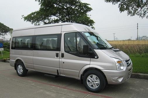 Cần bán Ford Transit Tiêu chuẩn đời 2015, giá chỉ 820 triệu