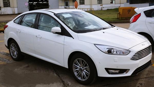 Bán xe Focus 2016 1.6l 5 Cửa