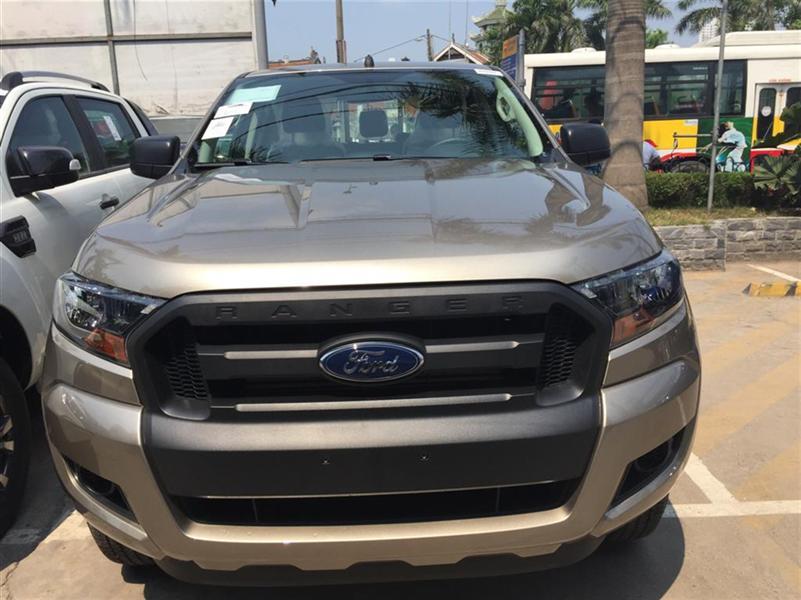 Cần bán Ford Ranger XL 4x4 MT đời 2015, xe nhập