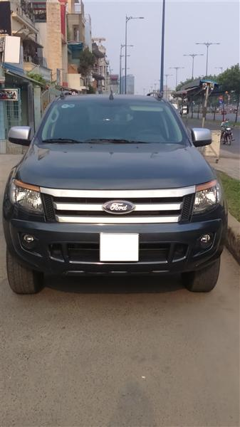Cần bán xe Ford Ranger XLS đời 2013, màu xám, xe nhập, số sàn