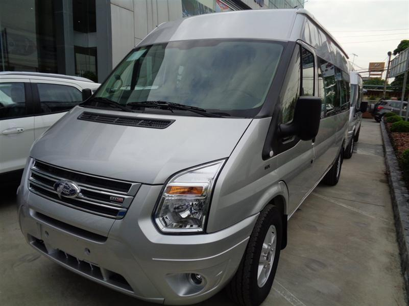 Bán xe Ford Transit LX 2015 Mid 800 triệu, màu bạc