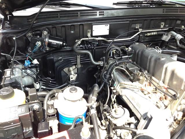 Cần bán xe Ford Everest MT sản xuất 2008, màu đen, số sàn