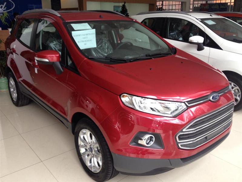 Cần bán Ford EcoSport Titanium sản xuất 2015, màu đỏ, giá chỉ 681 triệu