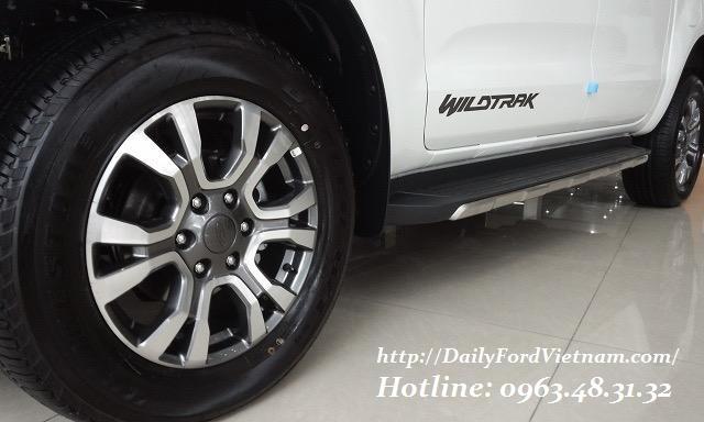 Bán Ford Ranger Wildtrak 3.2 AT 4x4 đời 2018, Hỗ trợ trả Góp tại Lào Cai