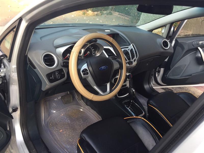 Cần bán xe Ford Fiesta S đời 2013, màu bạc, 515tr