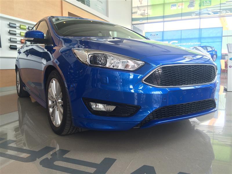 Bán Ford Focus Sport đời 2016, màu xanh lam