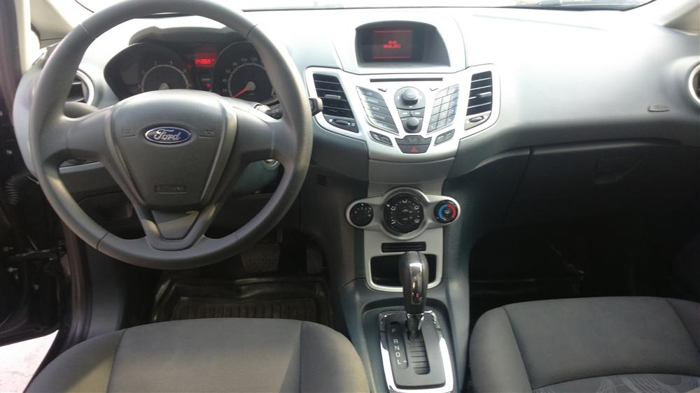 Bán ô tô Ford Fiesta Trend đời 2011, màu đen