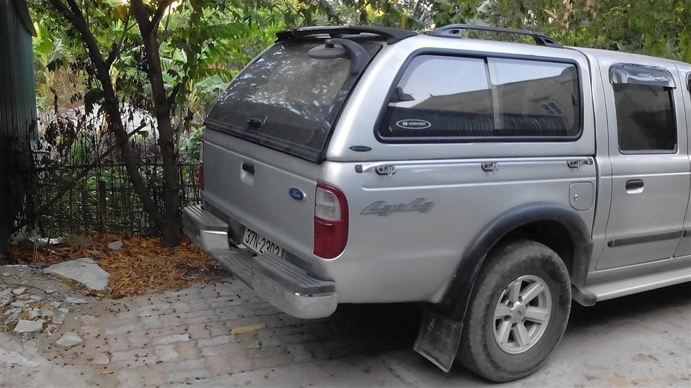 Cần bán Ford Ranger XL sản xuất 2005, màu bạc, nhập khẩu nguyên chiếc