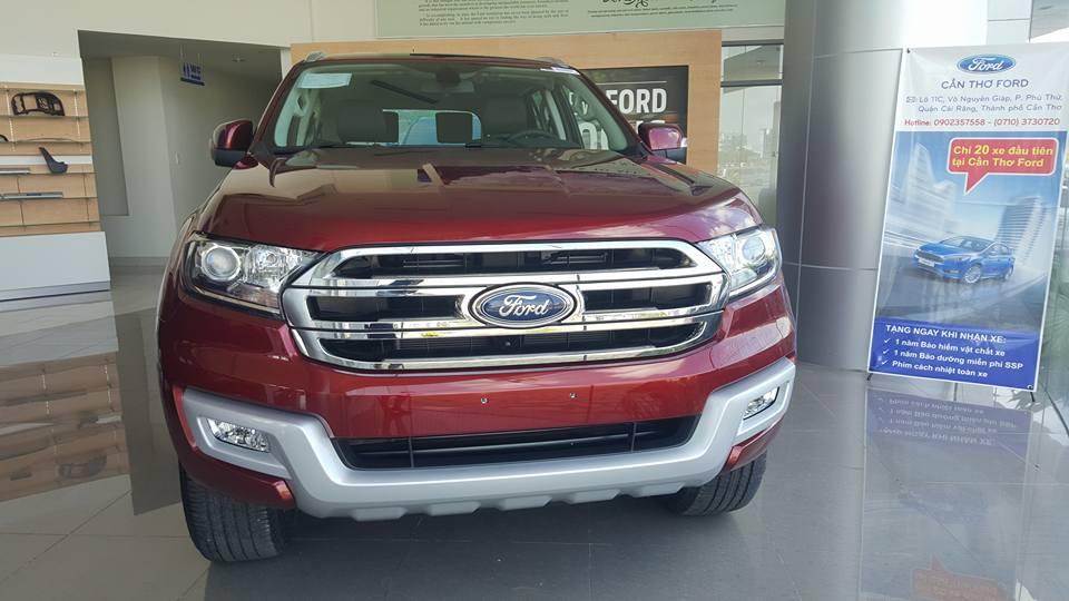 Bán ôtô Ford Everest Titanium + 3.2L AT 4WD, Nhập khẩu Thái Lan, Hỗ trợ trả góp