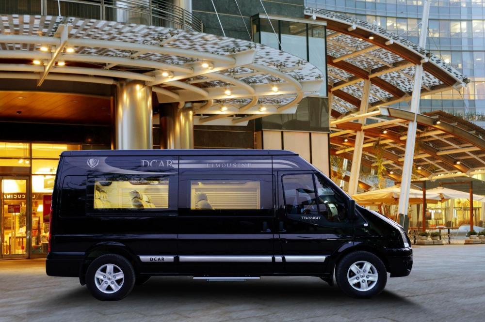 Bán ô tô Ford Transit đời 2019, màu đen