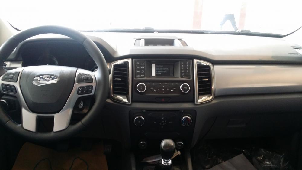 Bảng Giá Xe Ford Ranger 2.0L XLS, XST, XL 2019, có xe giao ngay, liền tay quý khách