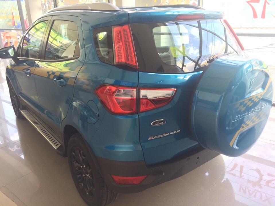 Ford EcoSport Titanium AT, chỉ cần trả trước 200 triệu, hỗ trợ vay trả góp 80 %, top 10 xe bán tốt nhất 2016