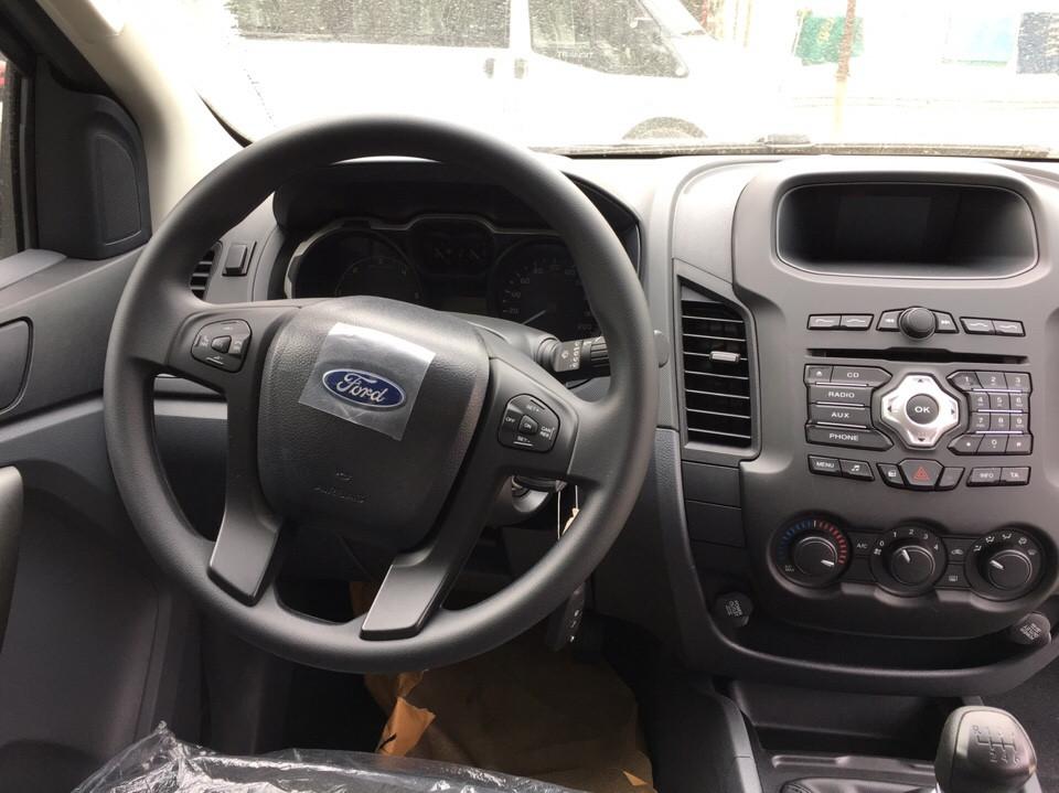Cần bán xe Ford Ranger XLS 4x2 MT đời 2019 tại Vĩnh Phúc, màu xanh lam, nhập khẩu, giá chỉ 625 triệu