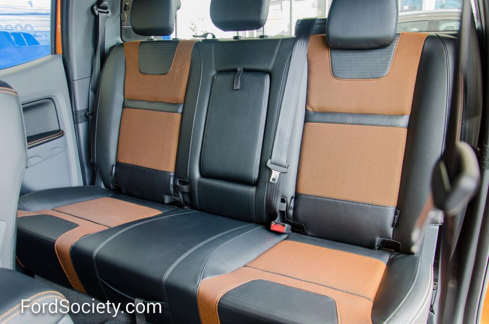 Ford Ranger Wiltrak 2.2 AT 4x2, 1 cầu số tự động mới 100%, hỗ trợ trả góp và tư vấn phụ kiện, hoàn thiện tại Lai Châu