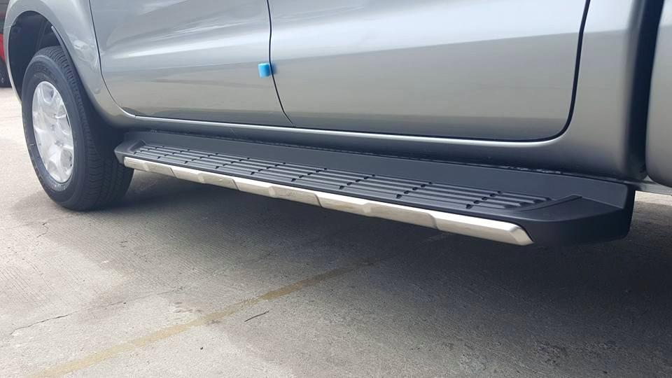 Bán xe Ford Ranger XLT 4x4 MT 2 cầu số sàn mới 100%, hỗ trợ trả góp và hoàn thiện xe tại Lai Châu