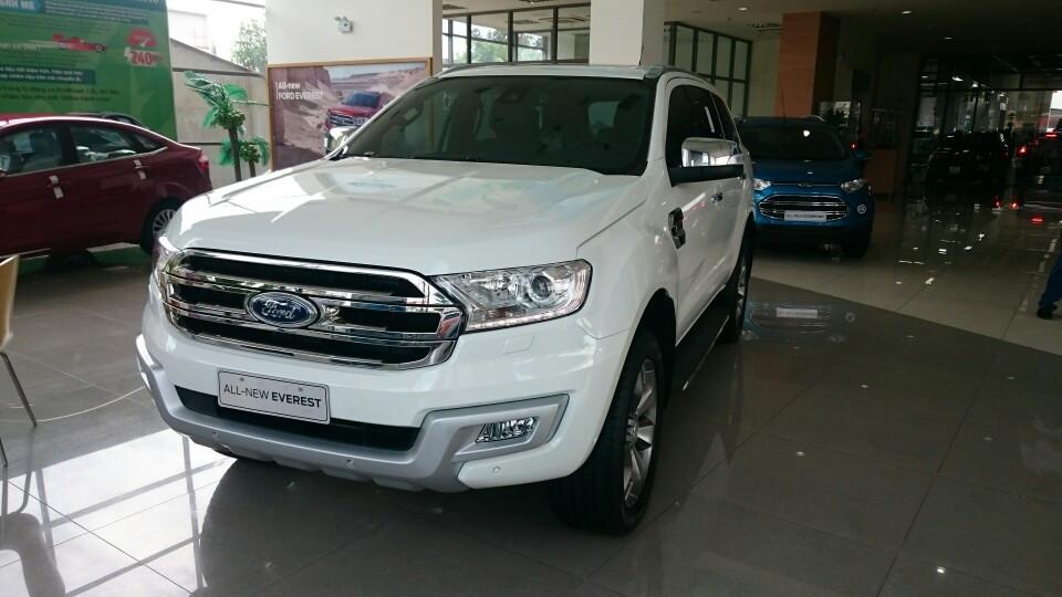 Bán ô tô Ford Everest mới 100%, nhập khẩu chính hãng