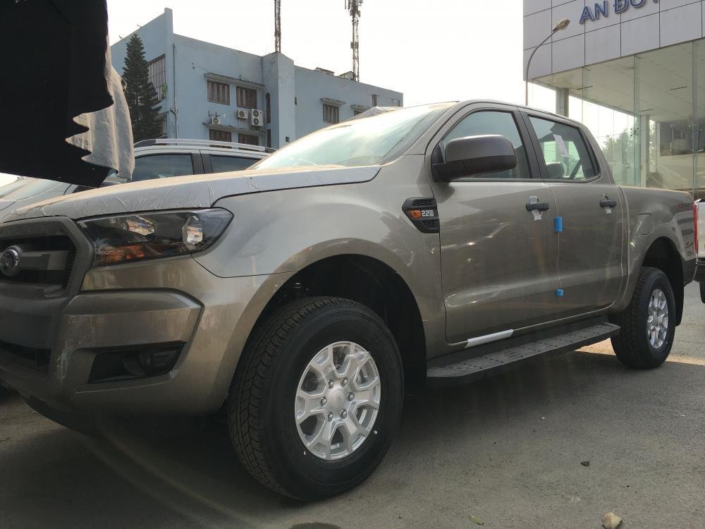 0963483132 Bán xe Ford Ranger XLS 4x2 MT giá rẻ, Hỗ trợ trả góp tại Sơn La và tư vấn hoàn thiện xe