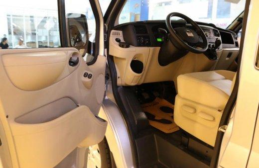 Bán xe Ford Transit đời 2019, tra trước 150tr,giao ngay