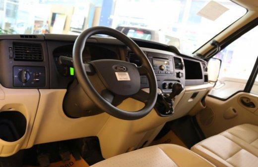 Ford Transit đời 2019 trả trước 10%, giao ngay, liên hệ để lấy giá gốc, trả trước 150Tr