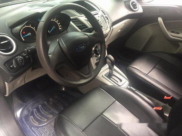 Bán ô tô Ford Fiesta Trend đời 2015, màu trắng số tự động