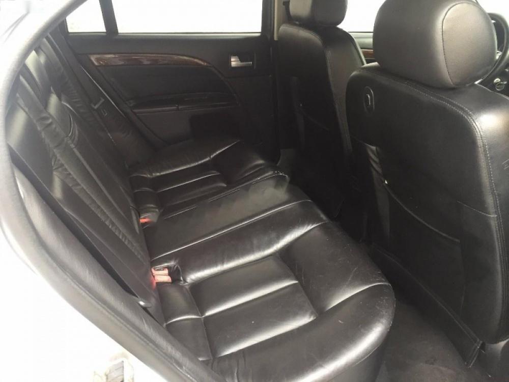 Cần bán gấp Ford Mondeo 2.5L sản xuất 2003, màu bạc, giá 195tr
