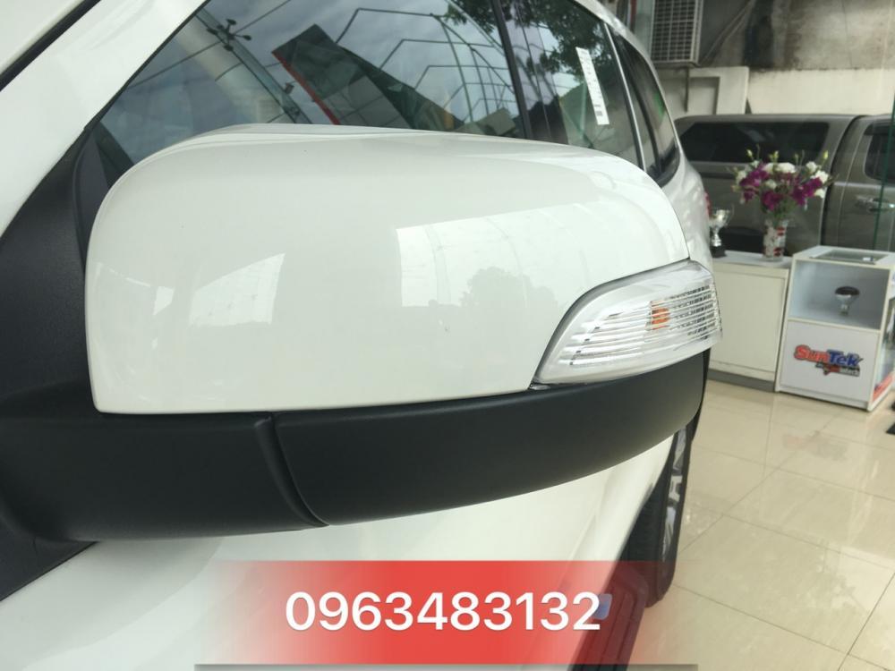 Giao ngay Ford Everest Trend 2.2L AT đời 2018 màu trắng tại An Đô Ford, L/h: 0963483132