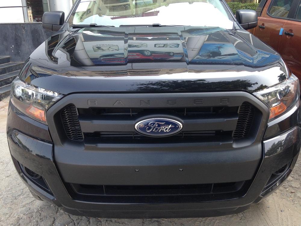 Cần bán gấp Ford Ranger 2.2L 4 x 4 XL sản xuất 2017, màu đen, nhập khẩu nguyên chiếc, giá chỉ 590 triệu
