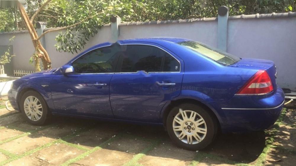 Bán xe Ford Mondeo 2.5 V6 đời 2003 xe gia đình
