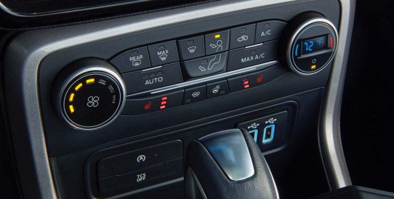 Bán xe Ford EcoSport đời 2019,đủ  màu, giá chỉ 150 triệu