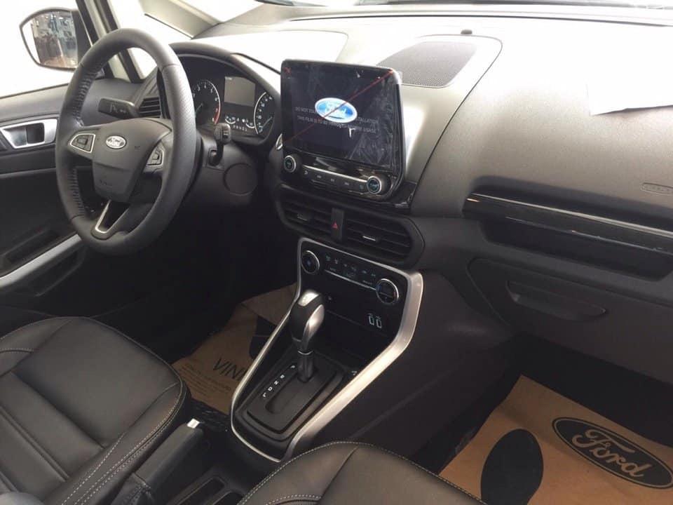 Bán các phiên bản Ford Ecosport Titanium 2018 màu nâu hổ phách, hỗ trợ trả góp 90%