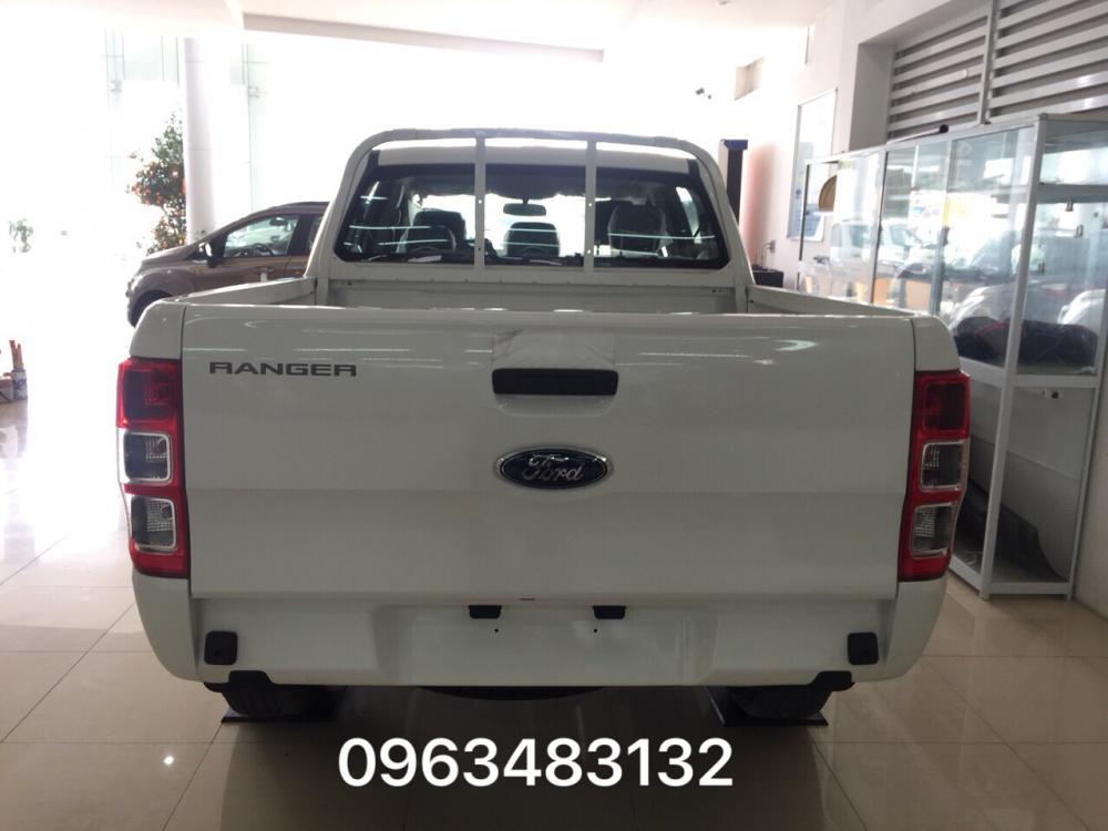 Đại lý Ford An Đô bán Ford Ranger XL 4x4 MT phiên bản đi công trình, thị trường hỗ trợ trả góp và giao xe ngay