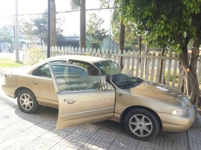 Cần bán xe Ford Contour năm sản xuất 1996, nhập khẩu nguyên chiếc