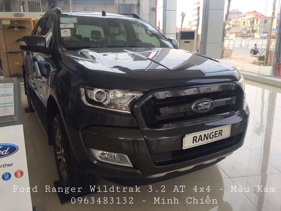 Giao ngay Ford Ranger Wiltrak 3.2 AT 4x4 màu xám, hỗ trợ trả góp 80% và hoàn thiện lăn bánh