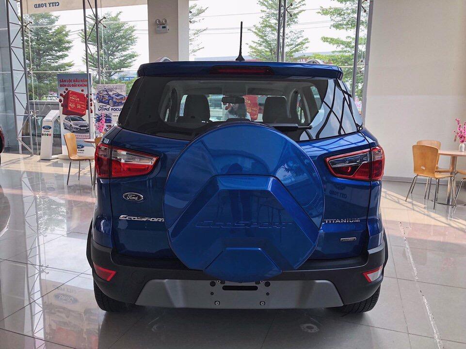 Giao ngay Ford Ecosport 2018 bản Titanium 1.5L sản xuất 2018, màu xanh, giá cả đàm phán, có trả góp 80%