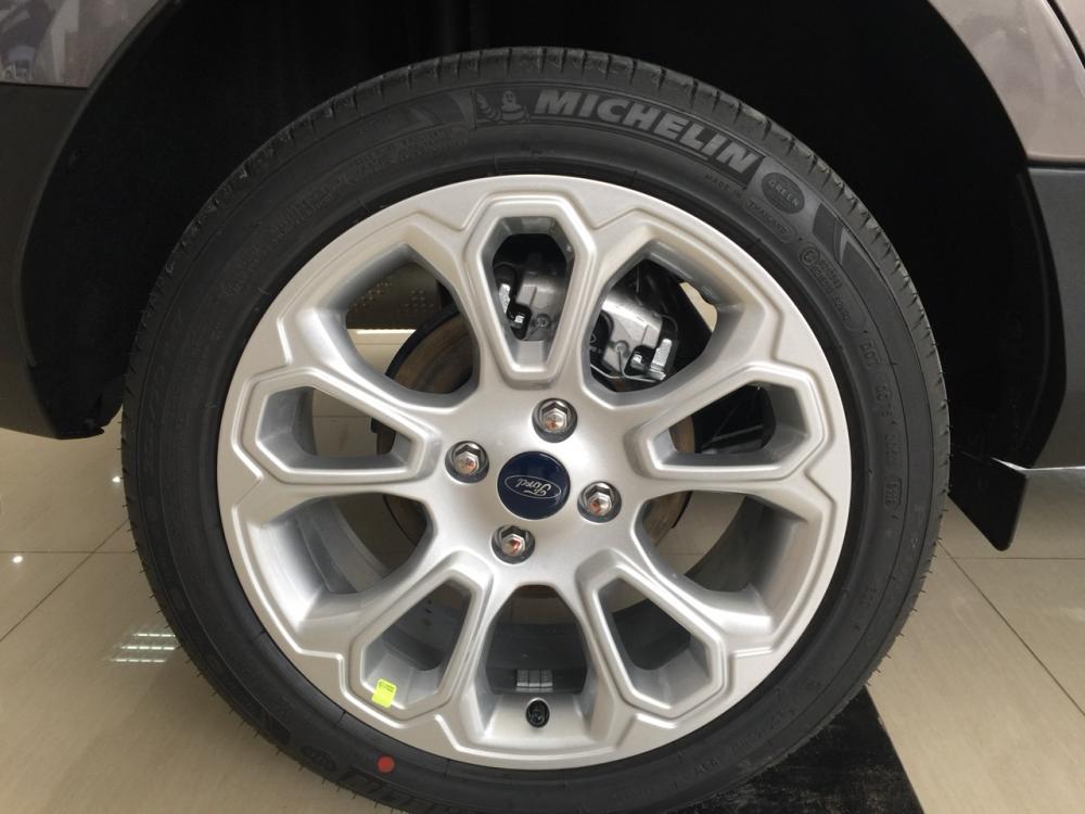 Giao ngay Ford Ecosport Titanium 1.5L đời 2018, màu nâu hổ phách, hỗ trợ trả góp 80%