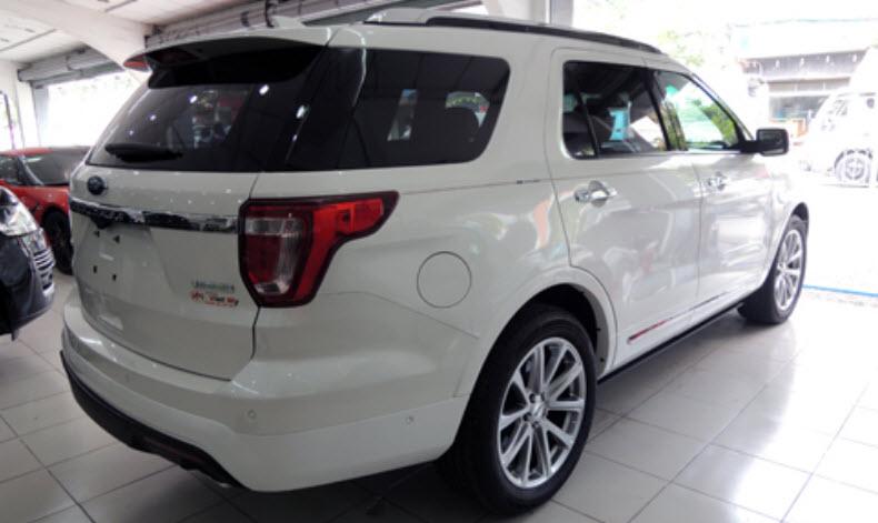 Cần bán xe Ford Explorer 2.3L Ecoboost 2019, màu đen trắng xám và đỏ, nhập khẩu chính hãng, LH ngay: 0918889278