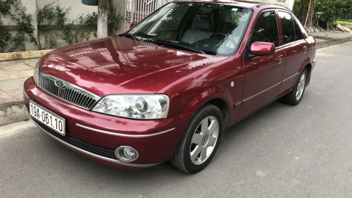 Cần bán xe Ford Laser Deluxe sản xuất 2002 đăng kí lần đầu 2003