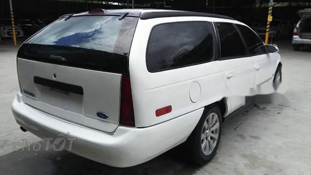 Bán Ford Taurus sản xuất 1995, màu trắng xe gia đình