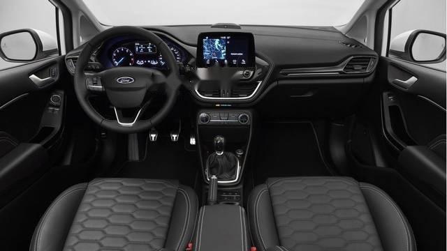 Bán ô tô Ford Fiesta 1.0L Ecoboost sản xuất 2018, màu trắng