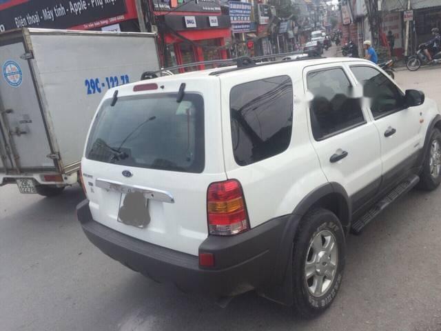 Bán xe Ford Escape 3.0 đời 2002, màu trắng số tự động, giá 168tr