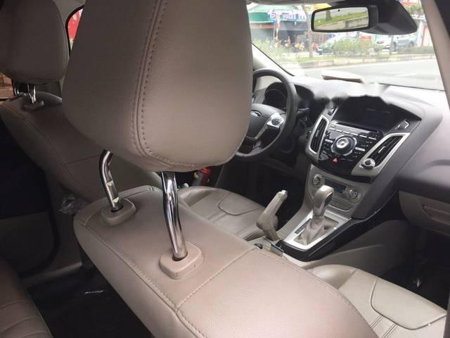 Bán Ford Focus 2.0AT sản xuất 2015, màu xám