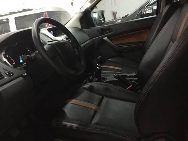 Bán Ford Ranger XLS 4x2MT sản xuất năm 2015, màu xám, 515 triệu