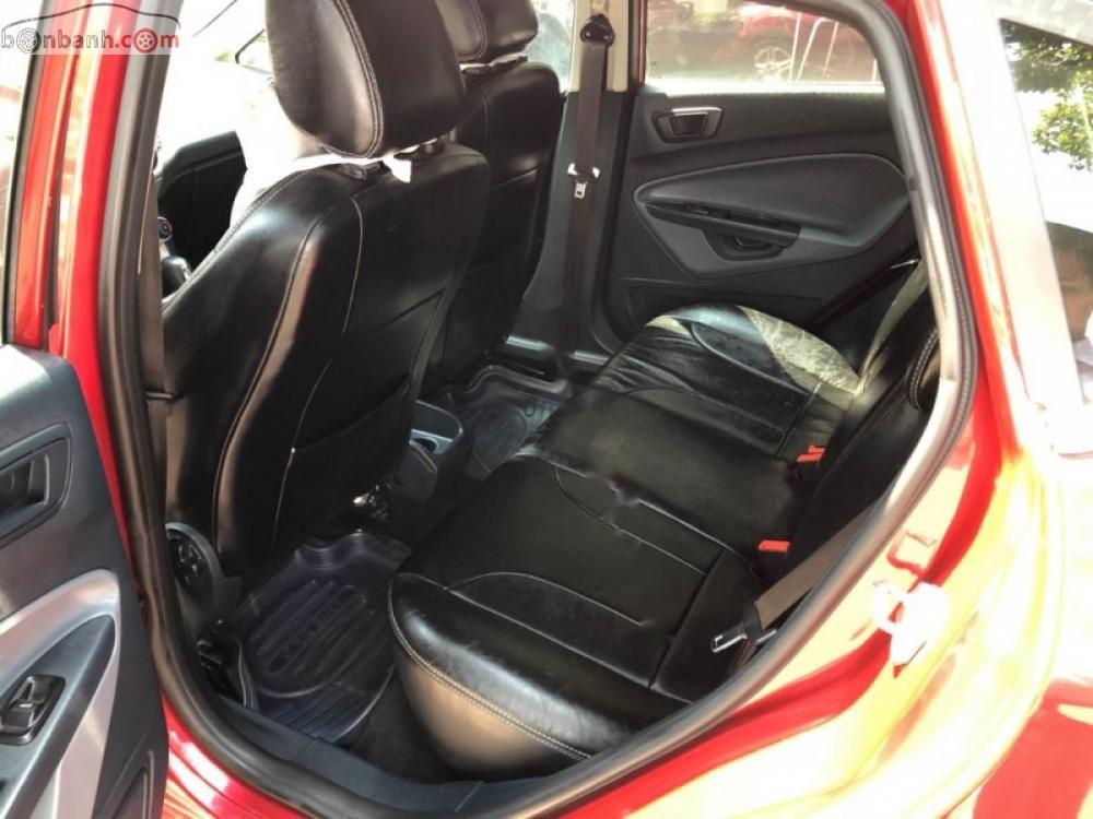 Sài Gòn Ford bán Ford Fiesta đời 2012 màu đỏ, phiên bản Sport 5 cửa