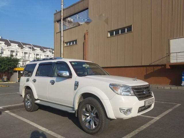 Bán Ford Everest Limited đời 2010, màu trắng số tự động