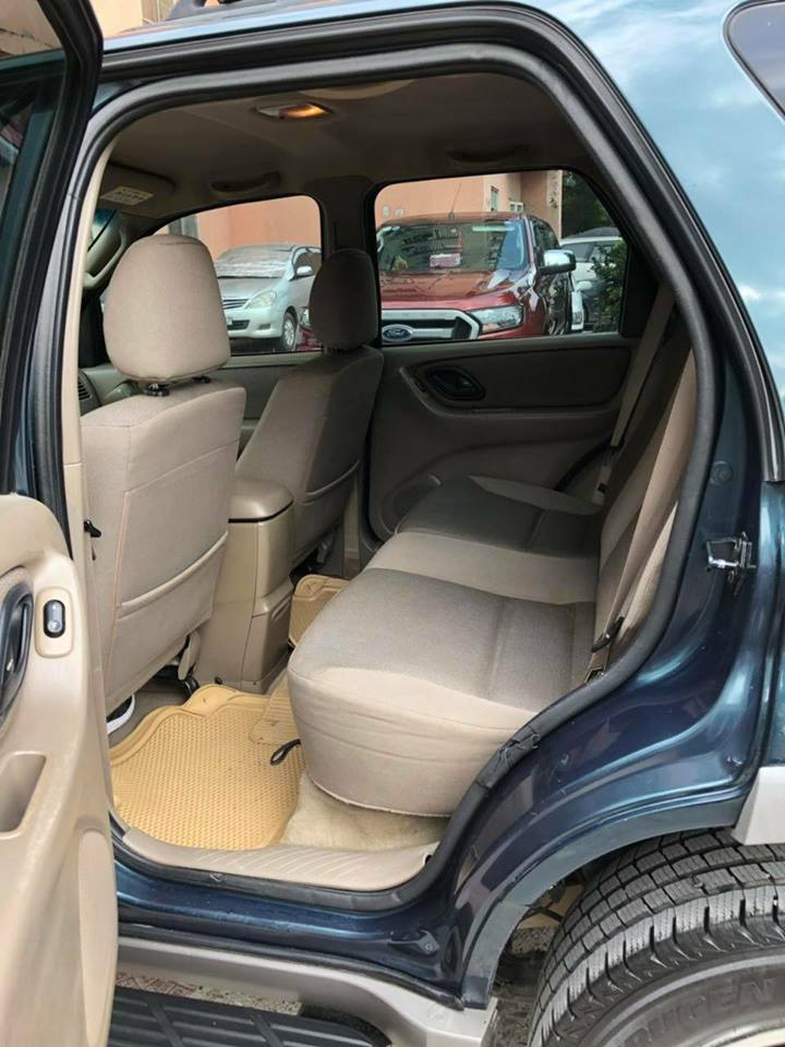 Cần bán Ford Escape XLT đời 2003, màu xanh lục, giá 165tr