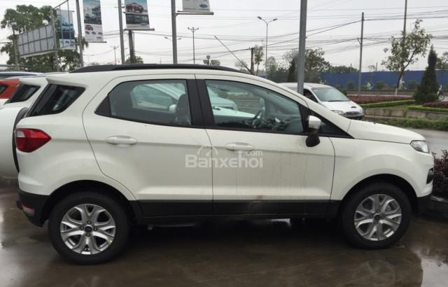 Bán Ford EcoSport Trend đời 2018, giá chỉ 553 triệu. LH ngay Ms Nhung 0987987588