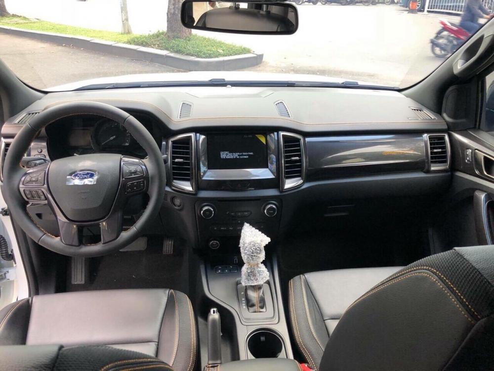 Bán Ford Ranger Wildtrak 2.0L AT đời 2019, nhập khẩu nguyên chiếc, giá tốt